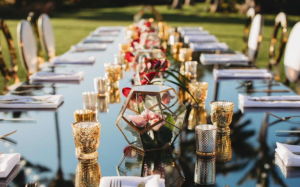 Table setting with votives