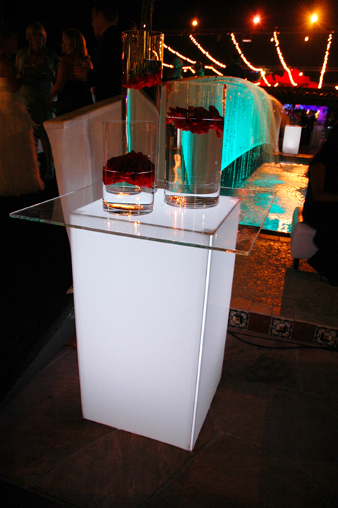 Kool Geo High Top Cocktail Table Eventaccents