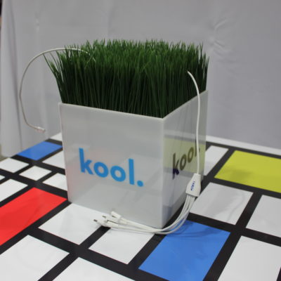 portable-charging-cubes-2015-2
